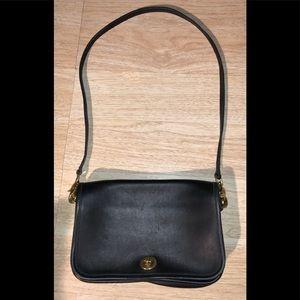 Coach Vintage Pocket Purse Black Brass 9755